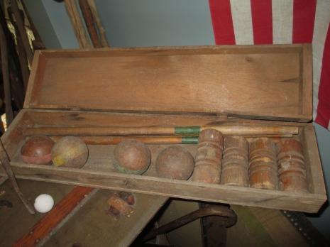 papas attic displays 056